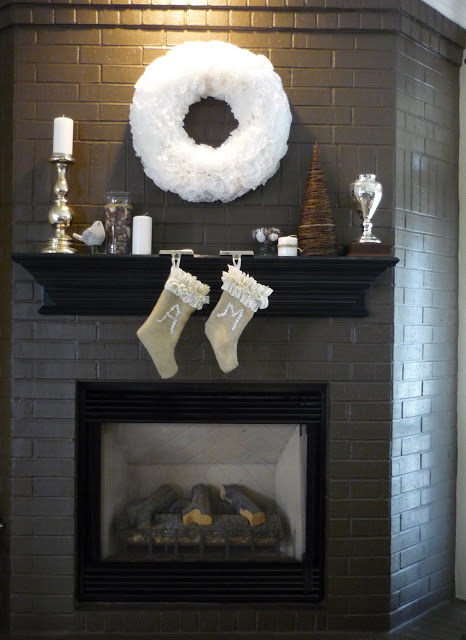 4-holiday-diy-coffee-filter-wreath-done