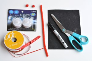 4-holiday-diy-light-up-snoman-supplies