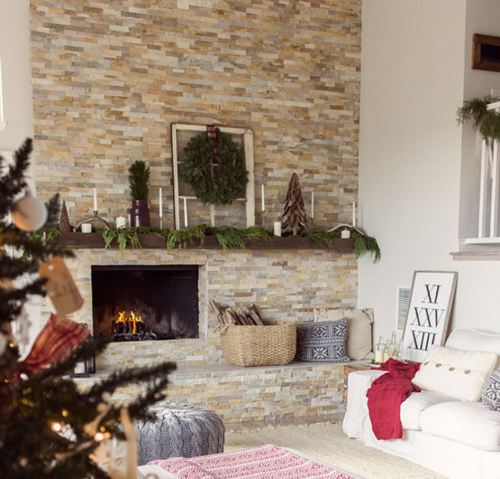 fireplace-christmas-mantel